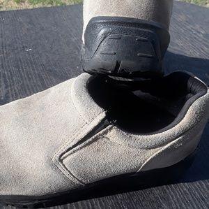 Other - Denali mens shoes